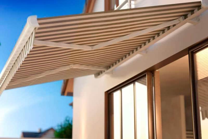 escoger el toldo perfecto para tu terraza